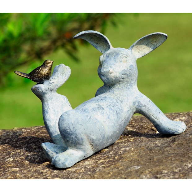 19 Entertaining Animal Statue Outdoor Spring Decorations (1)