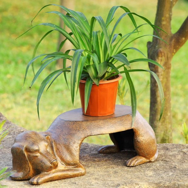19 Entertaining Animal Statue Outdoor Spring Decorations (3)