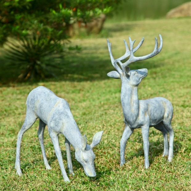 19 Entertaining Animal Statue Outdoor Spring Decorations (8)