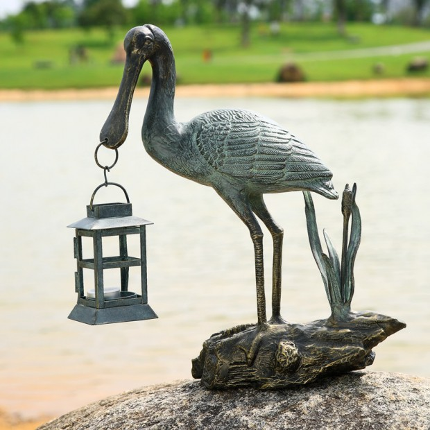 19 Entertaining Animal Statue Outdoor Spring Decorations (9)