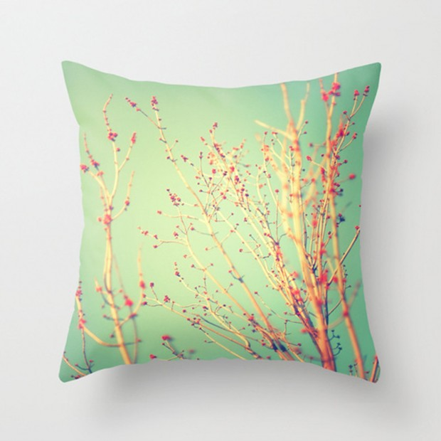 19 Springtime DIY Pillow Decoration Designs