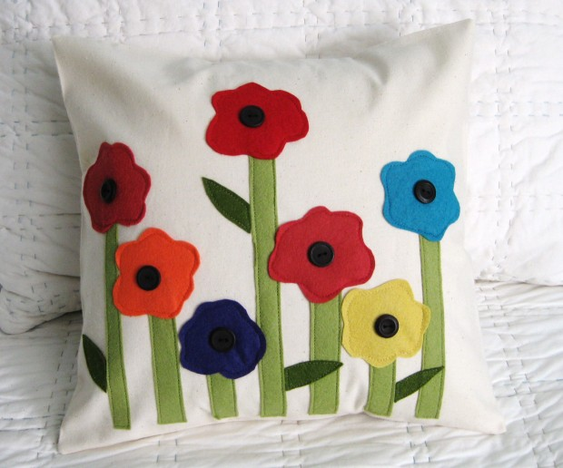 19 Springtime DIY Pillow Decoration Designs (5)