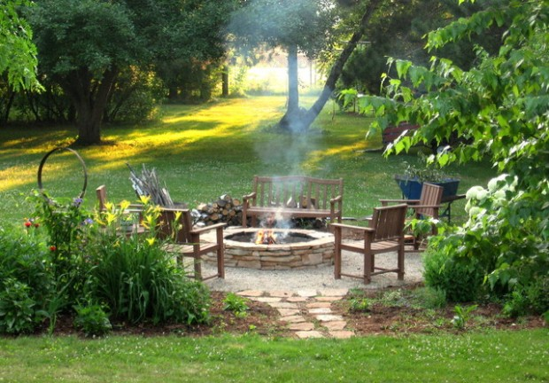 18 great fire pit ideas for your outdoor area style for Great backyard designs