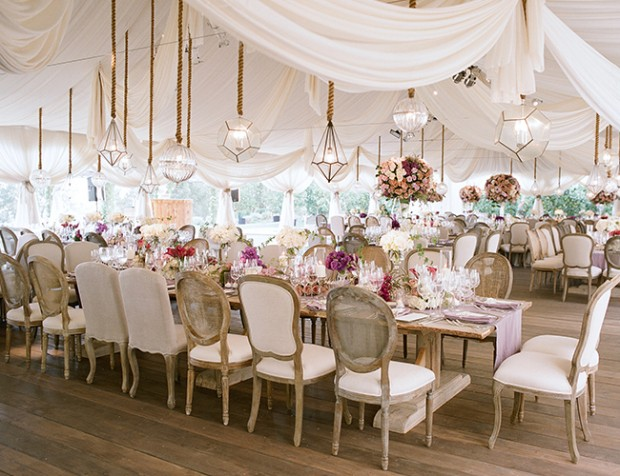 20 Romantic Flower Wedding Decoration Ideas (17)