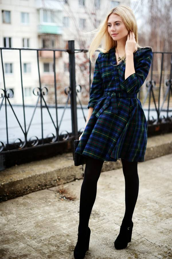 20 Stylish Outfits with Dresses for Cold Days  (18)