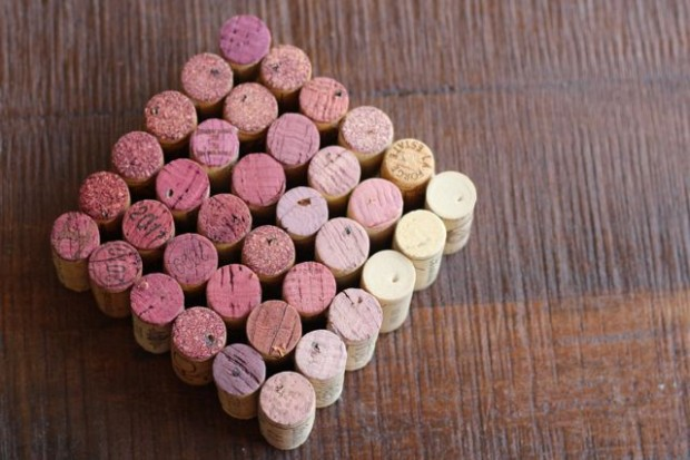 22 Creative and Useful DIY Ideas with Wine Cork (11)