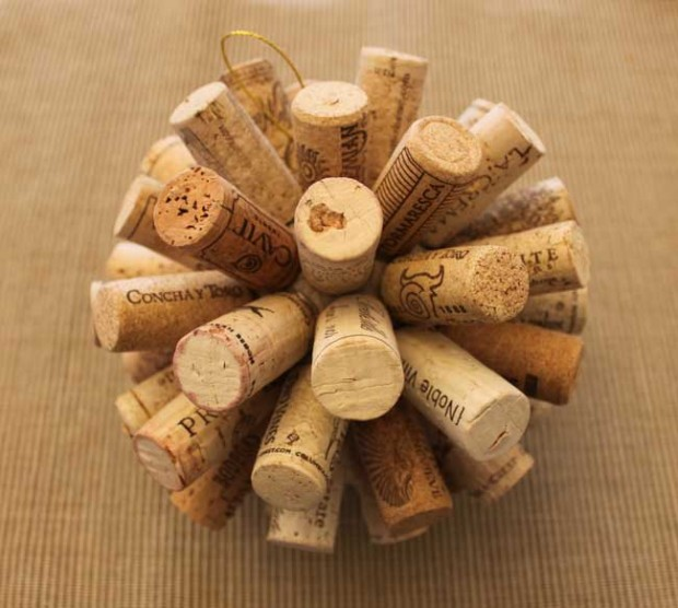 22 Creative and Useful DIY Ideas with Wine Cork