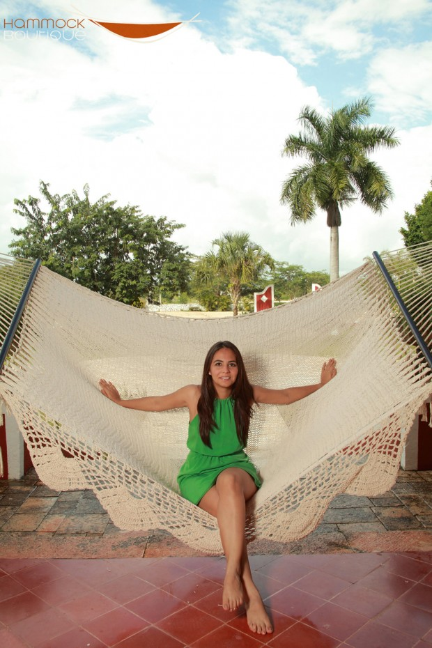 22 Hammocks for a Calm and Relaxing Spring (19)