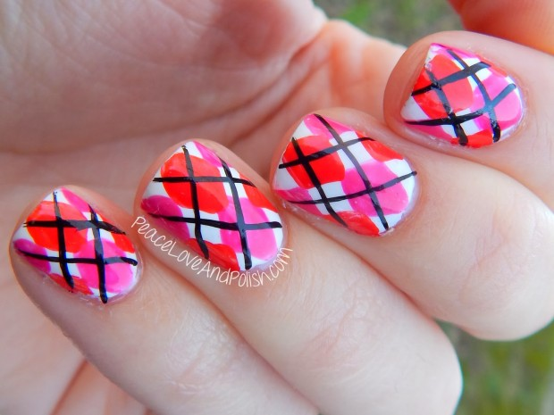 22 Sweet and Easy Valentine's Day Nail Art Ideas (12)