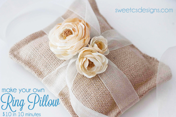 23 Decorative DIY Pillow Ideas for Your Home (13)