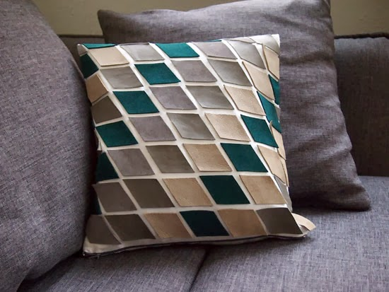 23 Decorative DIY Pillow Ideas for Your Home (18)
