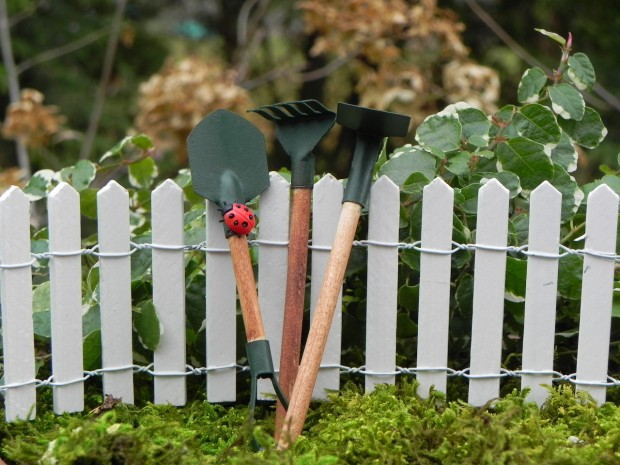 23 Fairy Tale Miniature Garden Decorations