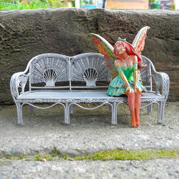 23 Fairy Tale Miniature Garden Decorations (22)