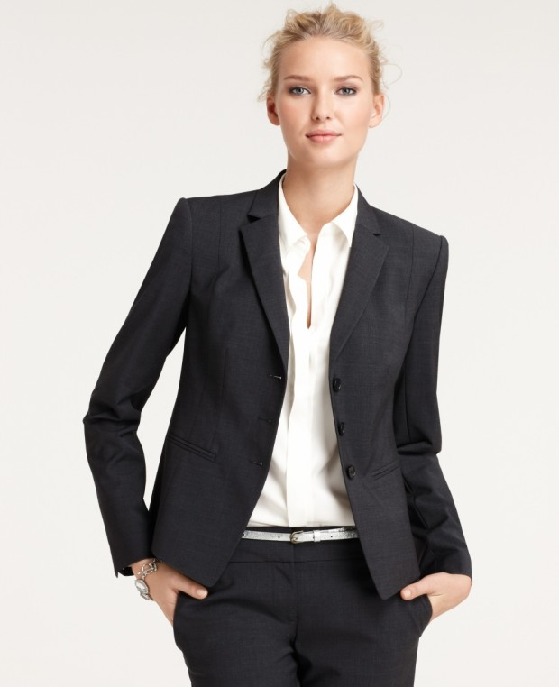 Top 18 Classy & Elegant Fashion Combinations for Business Woman