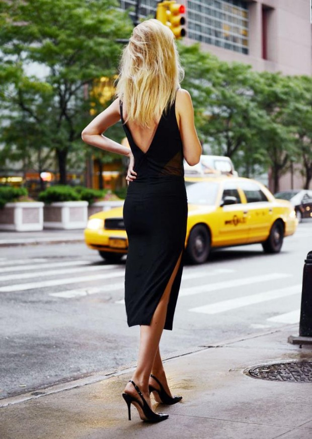 22 Of The Most Amazing Short Black Dresses For Dramatic Look