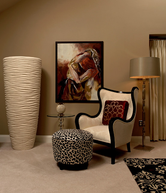 Animal Printed Details for Extravagant Interior Decor