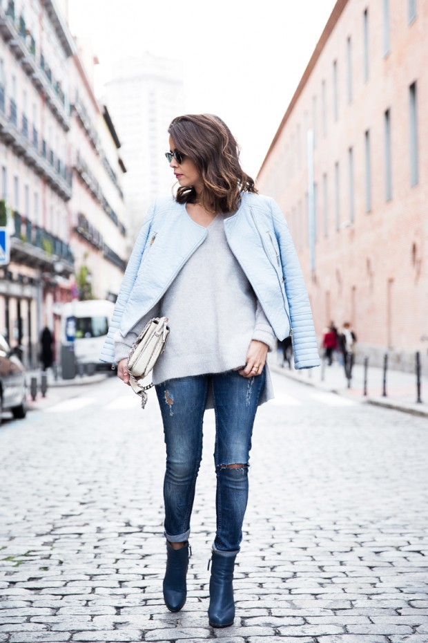 Dressing for Cold Weather 20 Stylish and Warm Outfit Ideas (9)