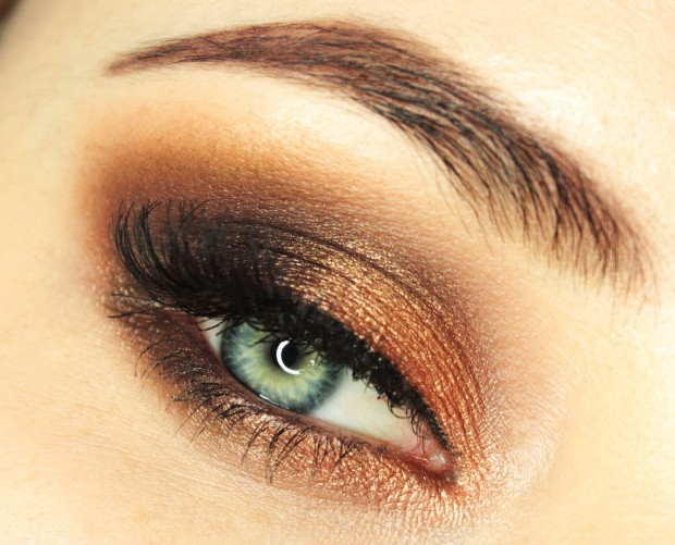 The Hottest Makeup Trends: 20 Great Tips, Tricks and Tutorials