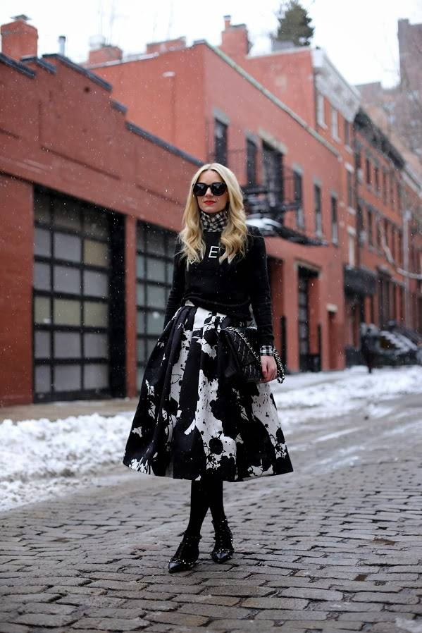 Trendy Skirts for This Season 21 Stylish Outfit Ideas  (11)
