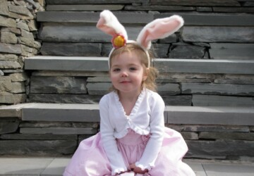 12 Impressive Ways How to Dress up Your Little Princesses For Easter - kids easter, kids clothes, Easter kids outfit, Easter clothes