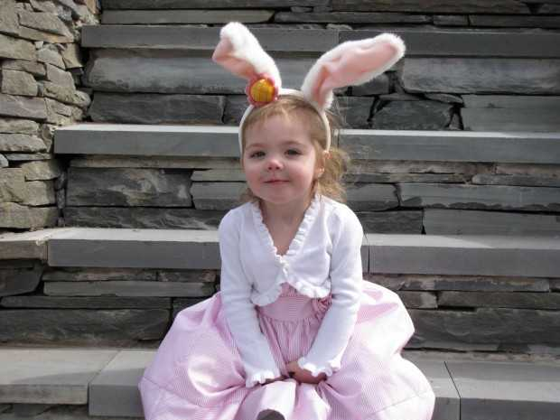 12 Impressive Ways How to Dress up Your Little Princesses For Easter