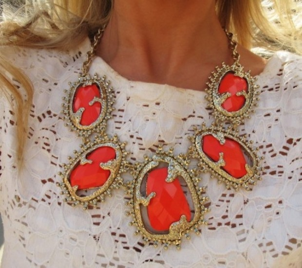 20 Most Glamorous Necklaces in Modern Style