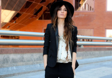 22 Modern Hats To Improve Your Chic Outfit - woman hats, spring outfit for woman, hats, chic outfit