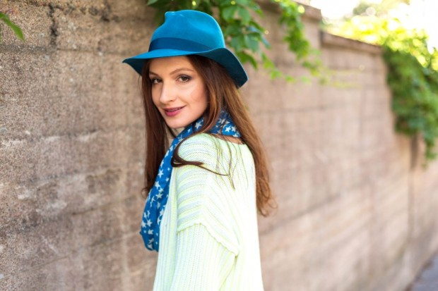 22 Modern Hats To Improve Your Chic Outfit