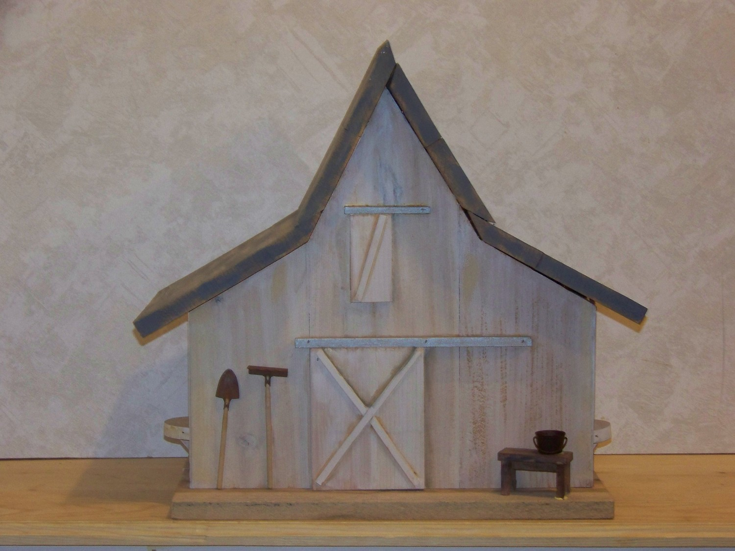 Old Barn Birdhouse House Design And Decorating Ideas