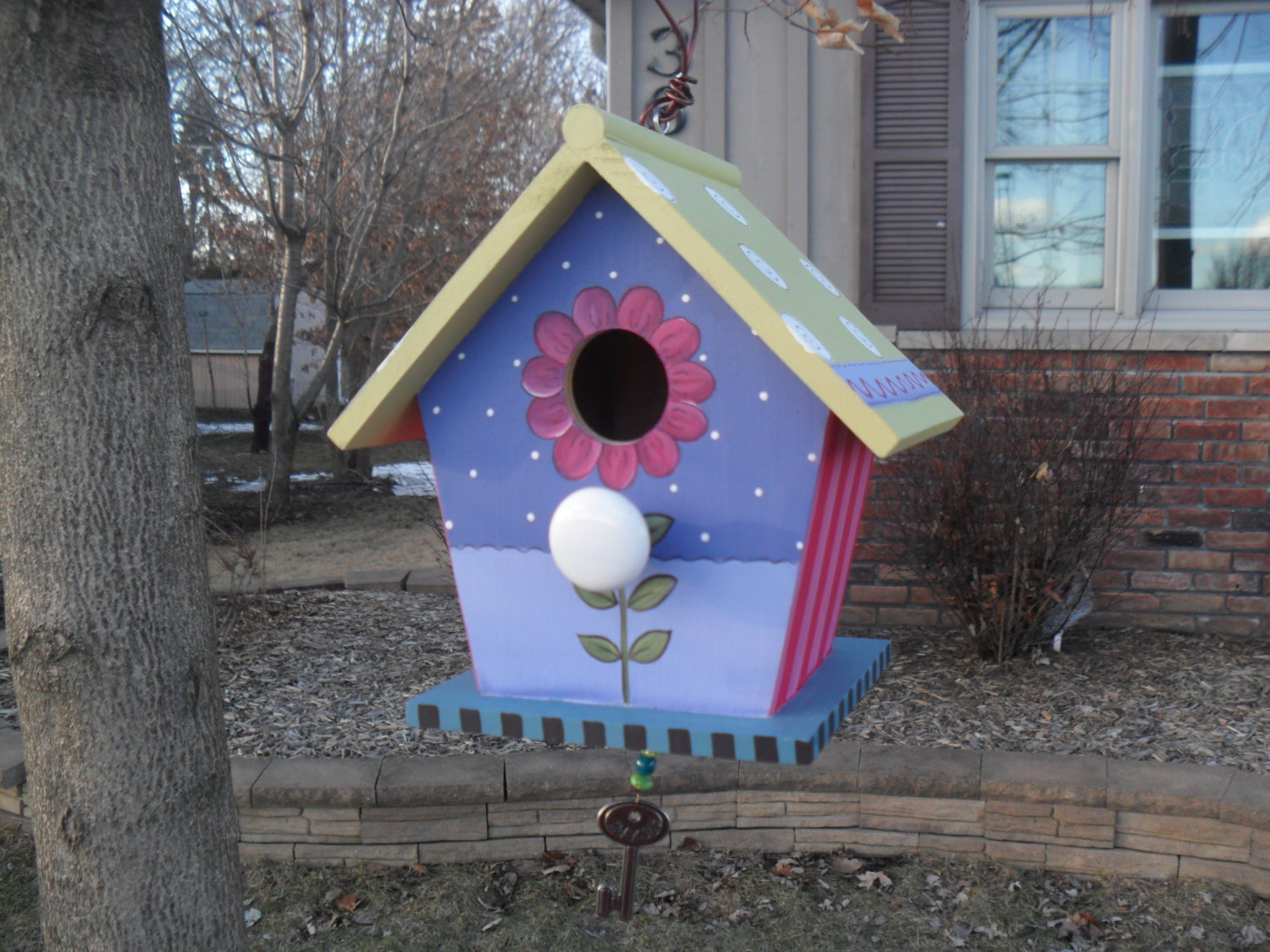 15 Decorative and Handmade Wooden Bird Houses - Style Motivation