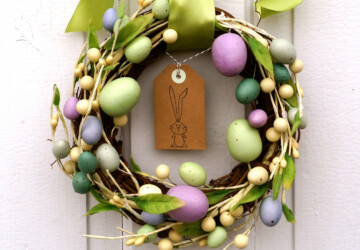 16 Cute Handmade Easter Wreath Ideas - wreath, rabbit, mesh, heart, hanger, handmade, felt, Easter, door, decoration, deco, cross, carrot, burlap, bunny