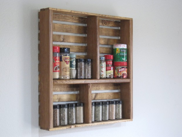 16 Handy DIY Projects From Old Wooden Crates (1)