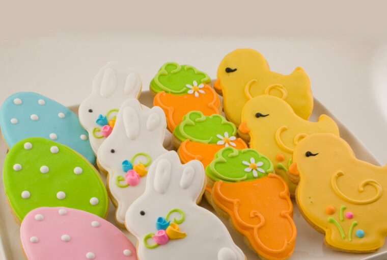 16 Tasty and Good-Looking Easter Treats - treats, sweets, sugar, spring, skewer, pops, holiday, gift, food, egg, Easter, Cookies, Colorful, collection, candy, cake, bunny