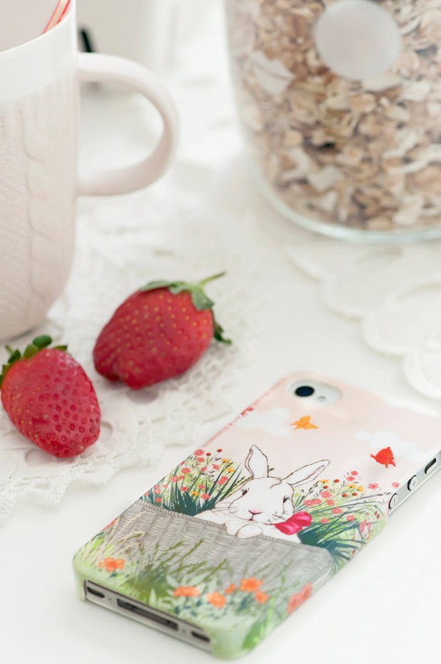 17 Creative and Natural Looking iPhone Cases for Spring (16)
