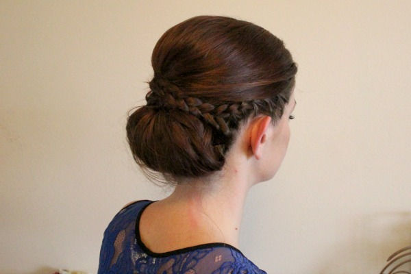 17 Gorgeous Easy Hairstyle Ideas for Spring Days (14)