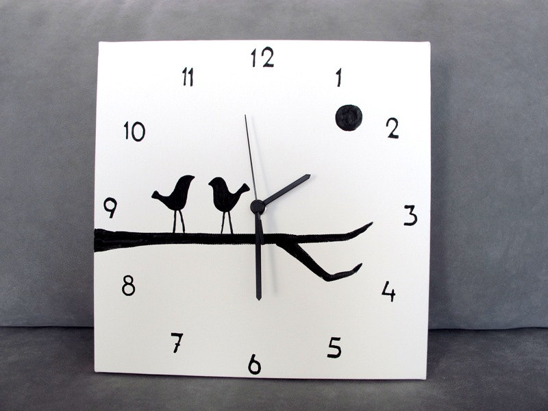 18 Creative And Handmade Wall Clock Designs
