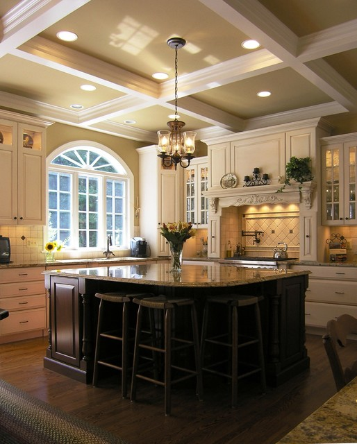 18 Gorgeous White Kitchen Design Ideas in Traditional ... on Traditional Kitchen Wall Decor  id=88636
