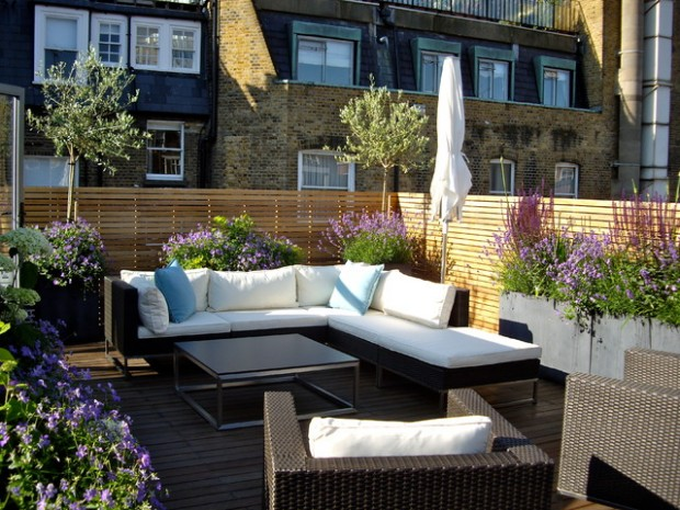 18 great design ideas for small city backyards style for Terrace party decoration ideas
