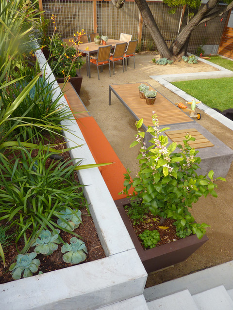 18 Great Design Ideas for Small City Backyards (15)