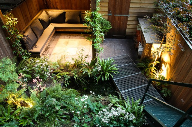 18 Great Design Ideas for Small City Backyards (16)