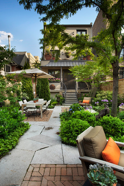 18 Great Design Ideas for Small City Backyards - Style ... on Cool Backyard Designs id=71902