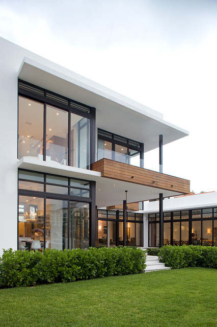 Modern Houses Interior And Exterior 18 Modern Glass House ...