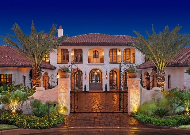 18 stunning hacienda style houses style motivation for Styles of homes with pictures