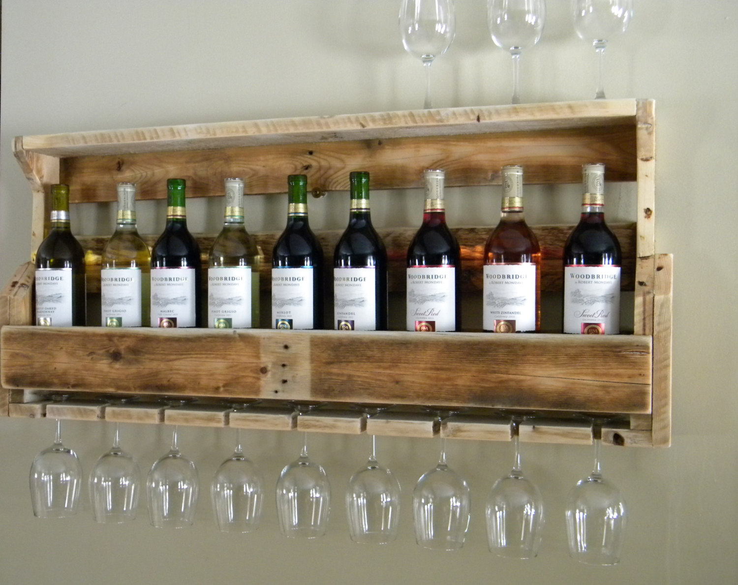 18 useful and easy diy ideas to repurpose old pallet wood Wine rack designs wood