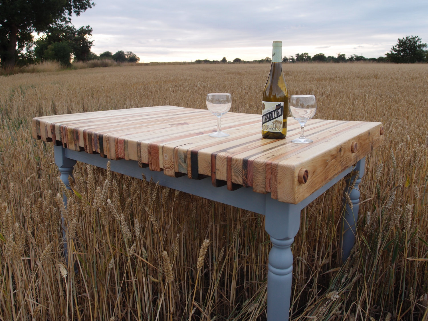 Useful and easy diy ideas to repurpose old pallet wood