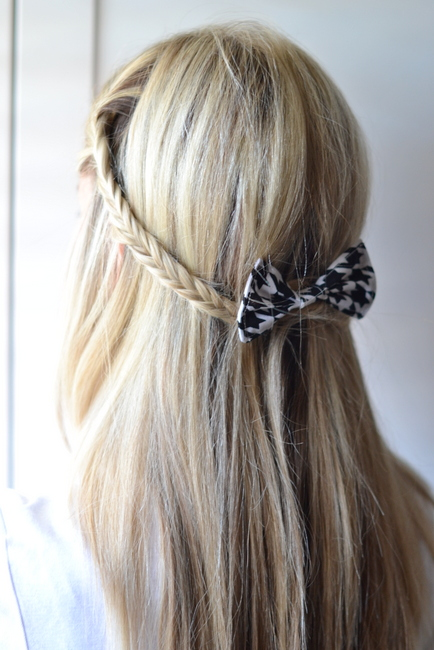 19 Cute and Easy Hairstyles that Can Be Done in 10 Minutes (15)