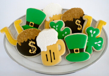 19 Tasty Saint Patrick's Day Treats - treats, sweets, sugar, St. Patrick's Day, shamrock, saint, patrick, lollipop, irish, holiday, handmade. homemade, green, day, Cookies, chocolate, candy, butter
