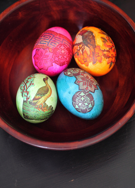 20 Creative and Easy DIY Easter Egg Decorating Ideas (4)