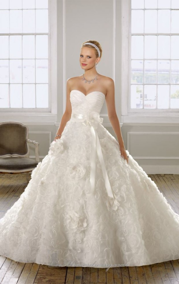 20 Elegant Strapless Wedding Dresses (1)