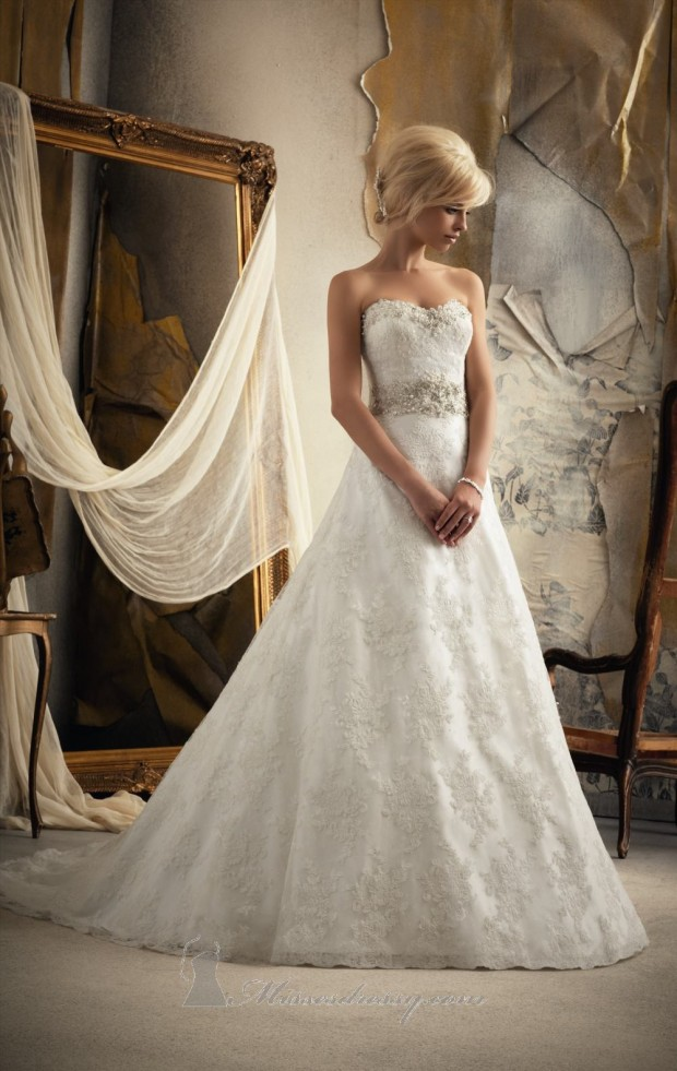 20 Elegant Strapless Wedding Dresses (4)